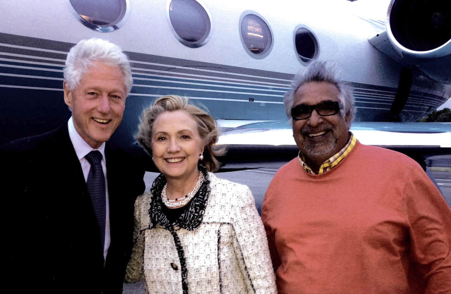 Vin with Clintons