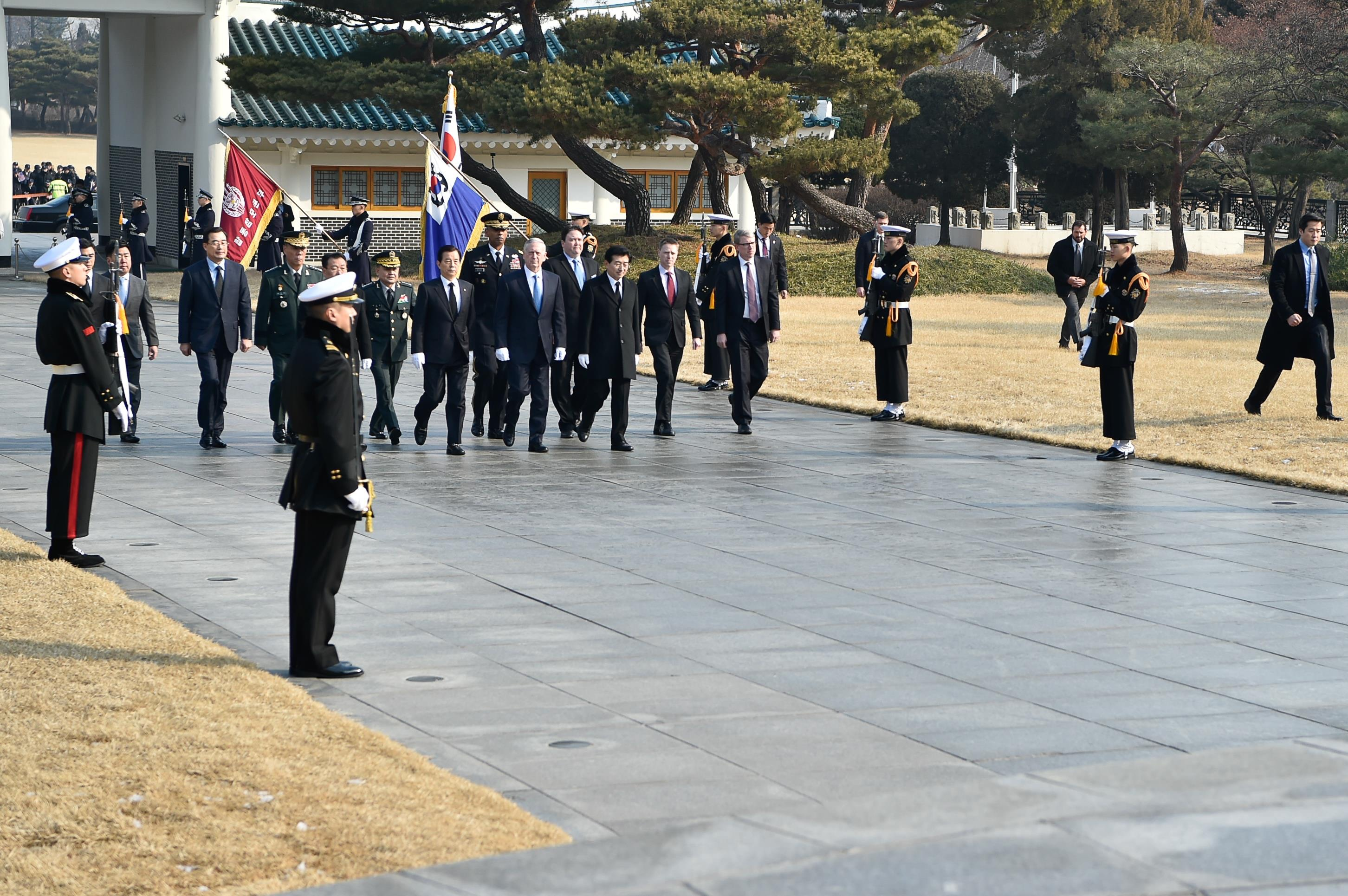 SD ROK Wreath Laying