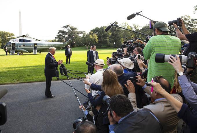 Trump on lawn