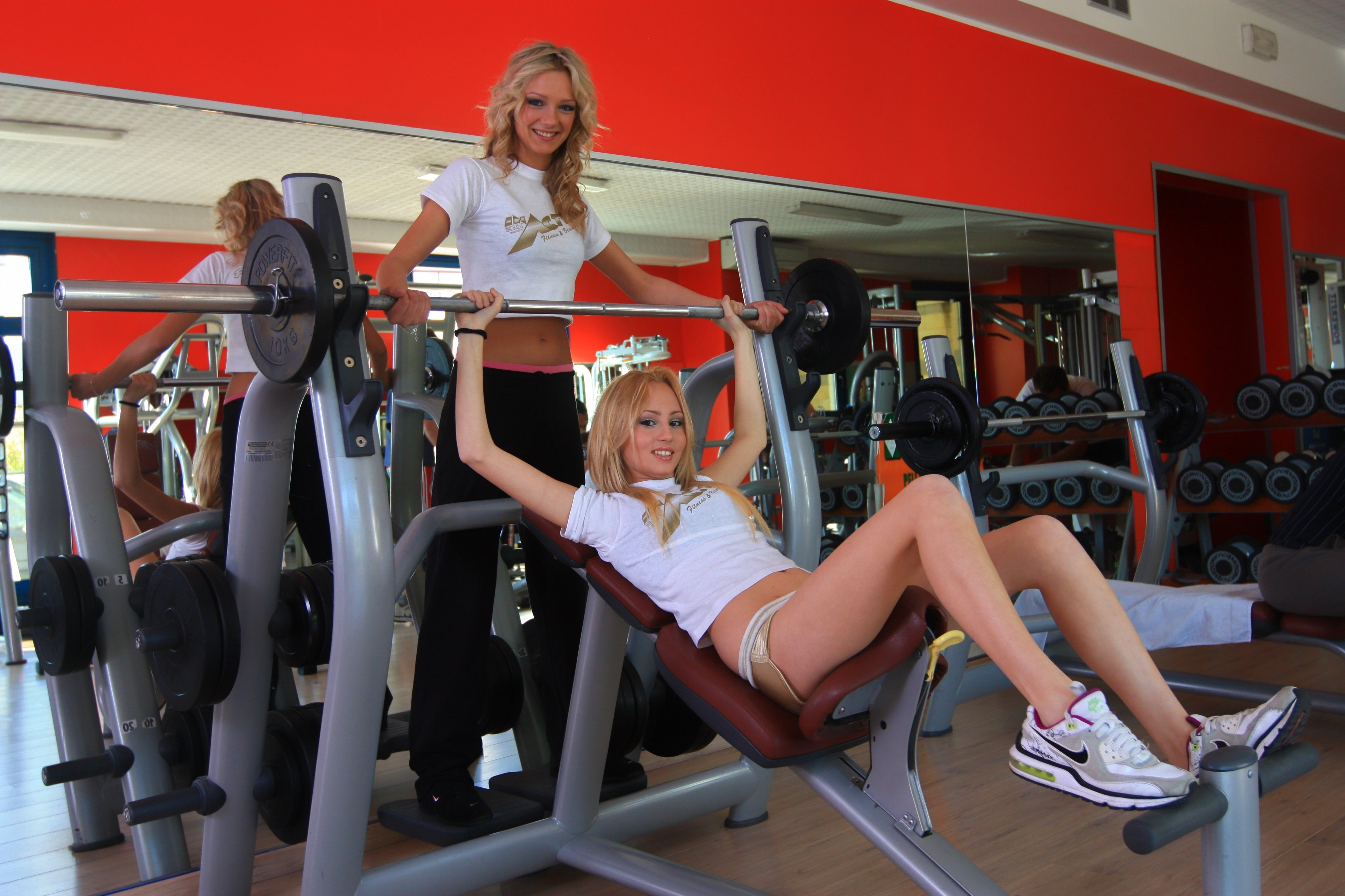 Girls in Gym FASHION Page for web