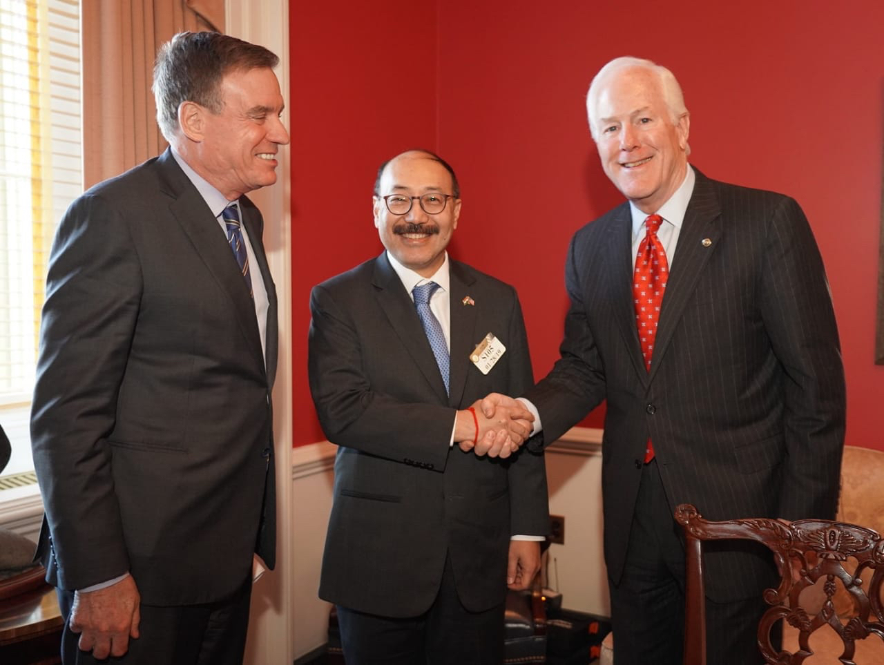 Senators Warner & Cornyn meet Shringla