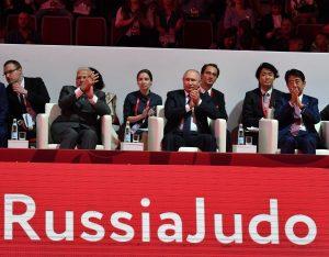 Modi enjoys judo Russia 4 web
