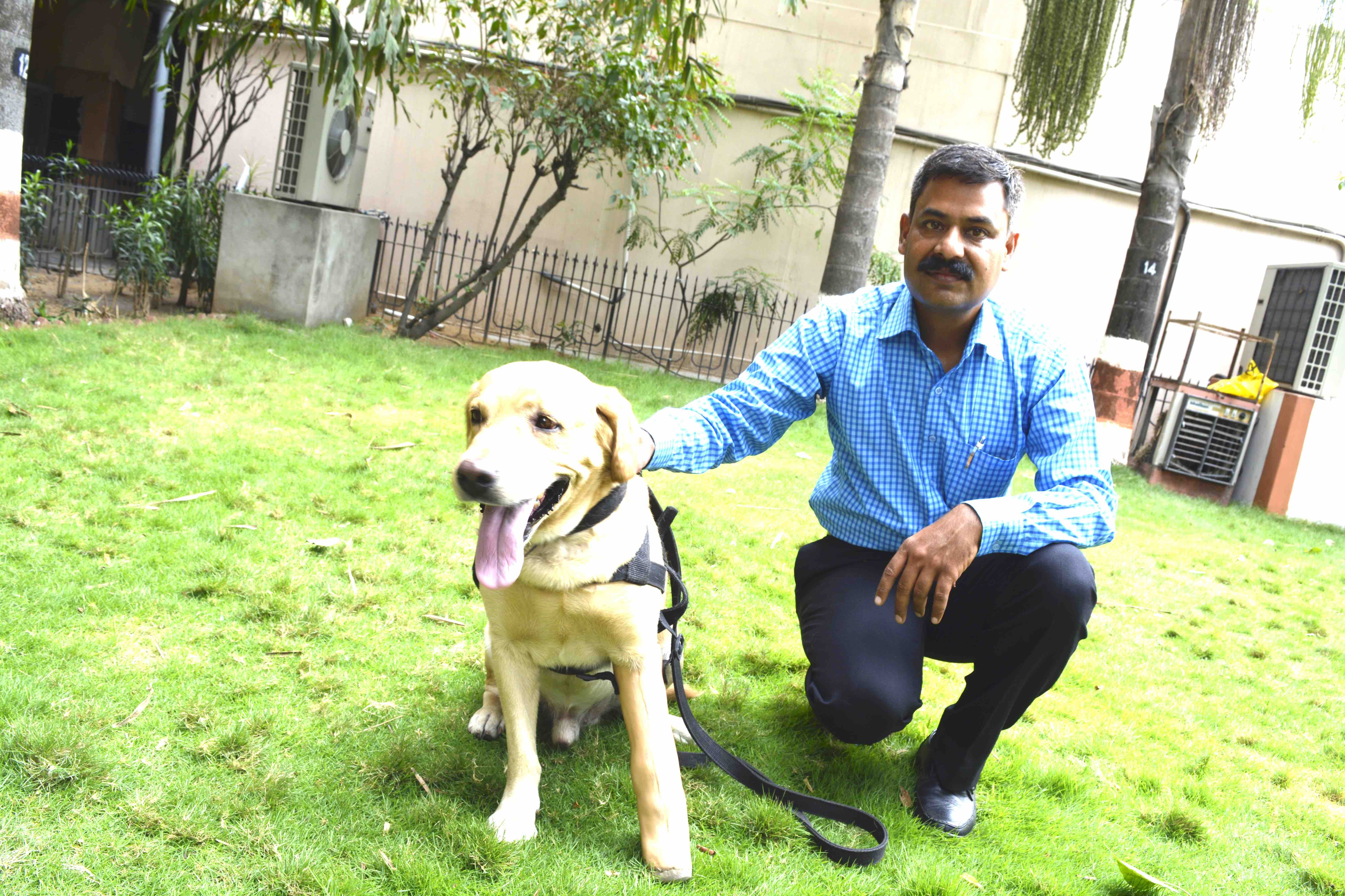 Tapesh with dog for web