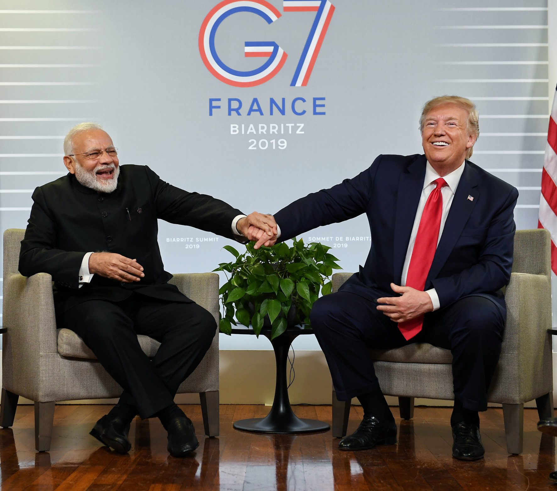Trump Modi G7 France
